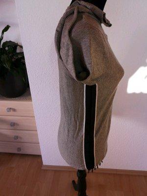 Grauer Pullover von Greystone