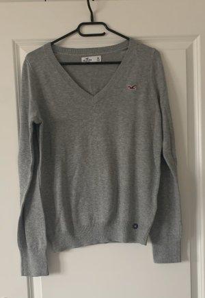 Grauer Pullover von Hollister in Größe M *neu mit Etikett*