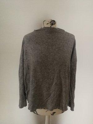 Grauer Pullover Zara M