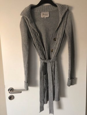 Grauer Review Cardigan