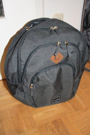Grauer Rucksack von travelite