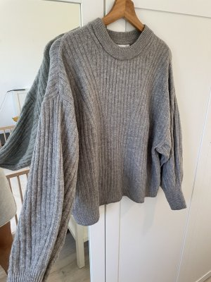 H&M Divided Cropped Jumper grey
