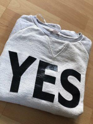 Grauer Sweater, Esprit