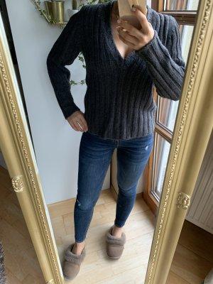 Bruno Manetti V-Neck Sweater anthracite