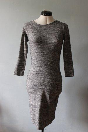 Graues Basic Kleid