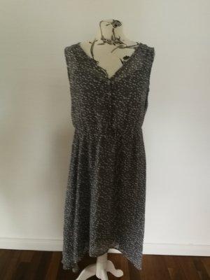 Graues gepunktetes Kleid Esprit 38