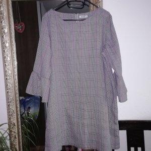 Graues Kleid in Karo- Optik, neu