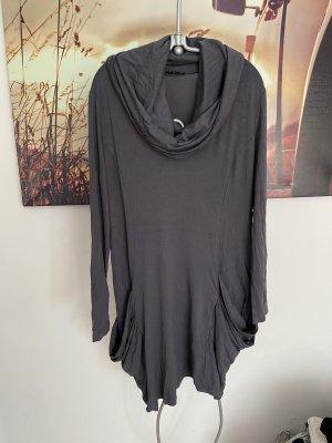Graues Kleid mit extra large Kragen und Taschen Yest