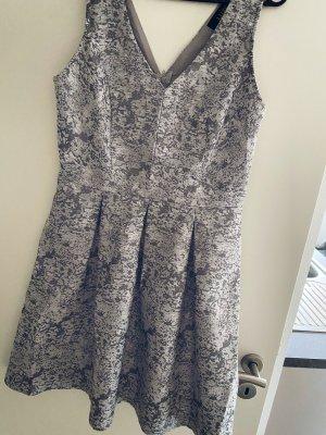 Suknia balowa srebrny