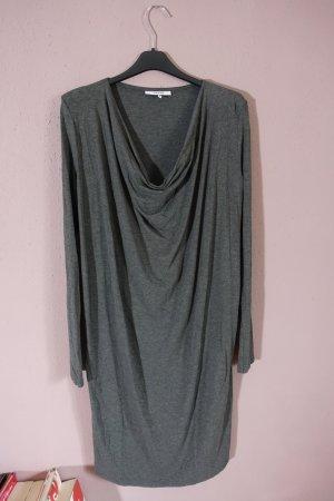 graues kleid mit wasserfallkragen, ganni