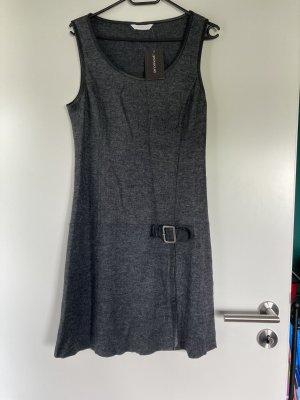 Promod Vestido a media pierna gris antracita-gris oscuro