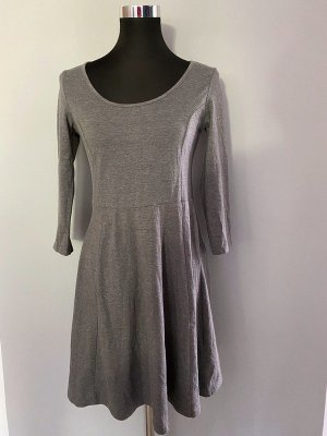 Graues Kleid / Sweatkleid von H&M, Gr. M