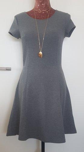 Graues Kleid von H&M (36)