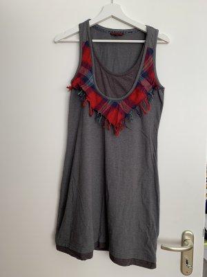 Graues Kleid von Review