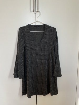 Graues Mango Kleid