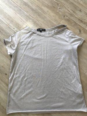 Graues Shirt