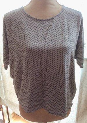 Graues Shirt mit graphischem Muster von Samsøe & Samsøe