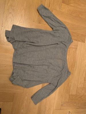 Graues Shirt von Bershka