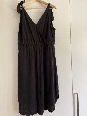 Graues Sommerkleid