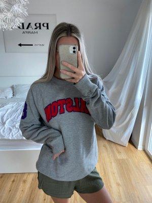 graues Sweatshirt