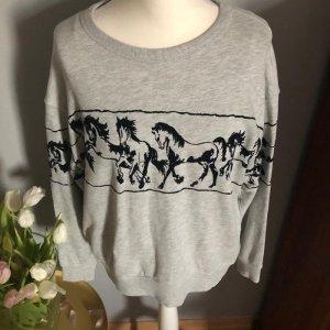 Graues Sweatshirt mit Pferden von H&M, Gr. S
