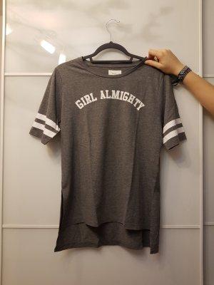 Graues T-Shirt mit Auschrift