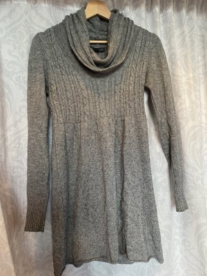 Keine Marke Robe en laine gris