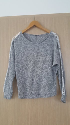 Graumelierter Pullover