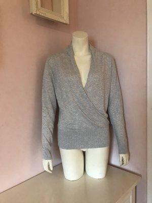 Graumelierter Pullover mit V-Ausschnitt durch Wickeloptik von H&M