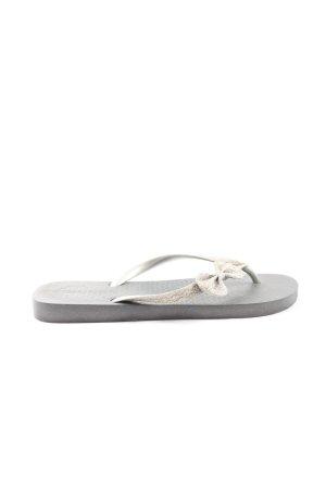Grendene Sandalo toe-post grigio chiaro-oro stile casual