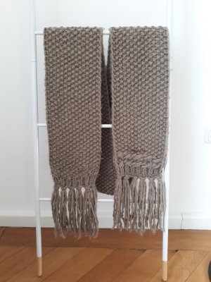 Opus Knitted Scarf grey brown polyacrylic