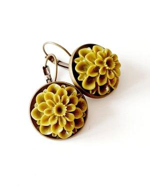 Grosse Cabochon Blüten Ohrringe Ohrhänger grün