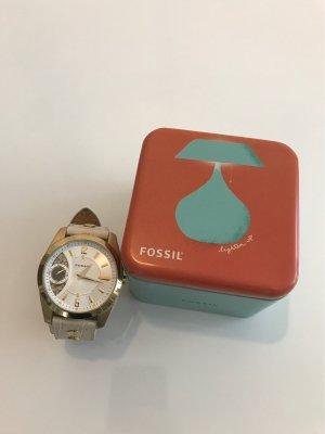 Große Fossil-Uhr im Boyfriendstyle