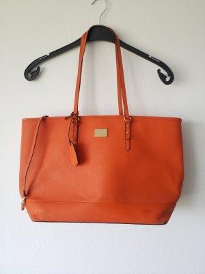 große orangefarbene Tasche in