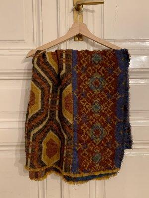 Großer bunter Schal