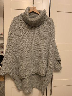 Großer Pullover