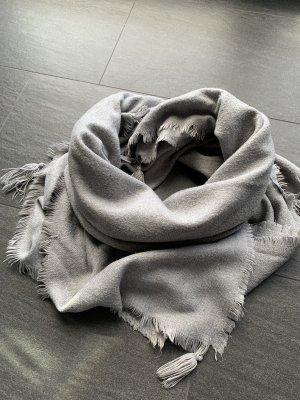 Zara Sciarpa con frange grigio chiaro