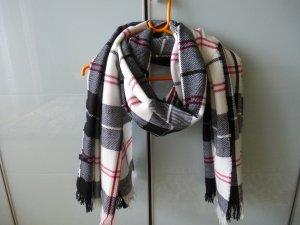 Großer Schal in Karomuster
