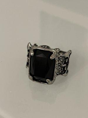 Zdobiony pierścionek srebrny-czarny