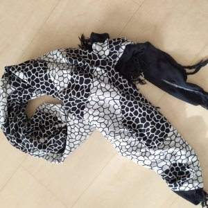Beach Towel white-black