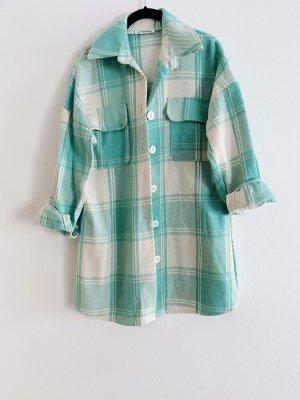Grün beiges Überhemd