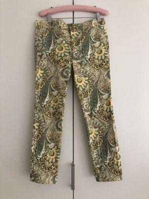 grün/gelbe Skinny Hose mit Paisley Muster von ZARA