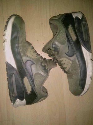 Grün/Khaki Farbene Nike Airmax