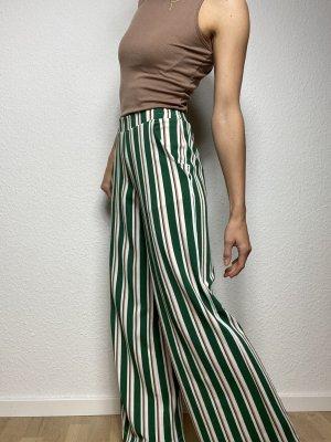 Grün weiß gestreifte Hose