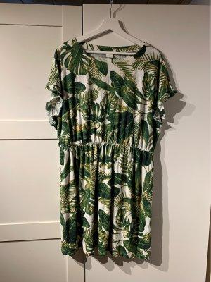Grün/Weißes Kleid