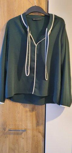 Grüne Bluse Gr. 42