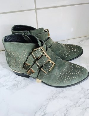 Grüne Boots