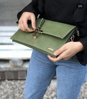 Grüne clutch / Schultertasche neu
