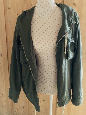 grüne Jacke von ONLY