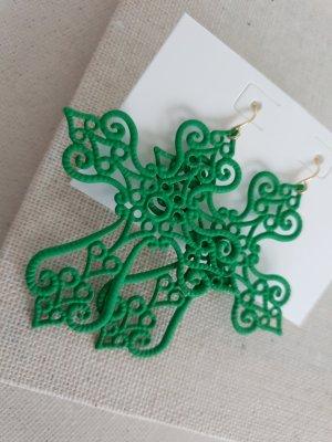 Dangle green-neon green